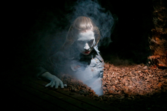 Susanne Priebs Die lebenden Toten Schauspiel Essen 1