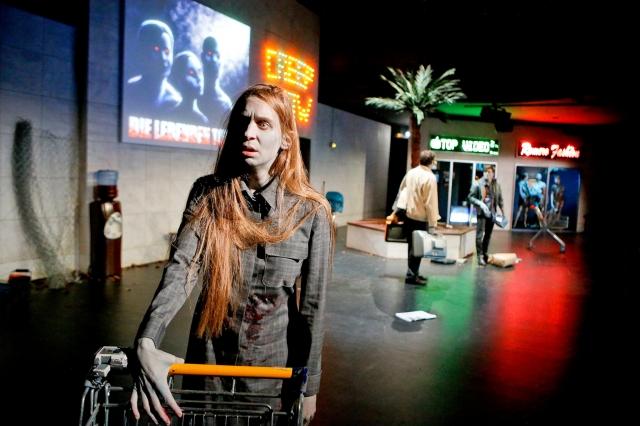 Susanne Priebs Die lebenden Toten Schauspiel Essen 2